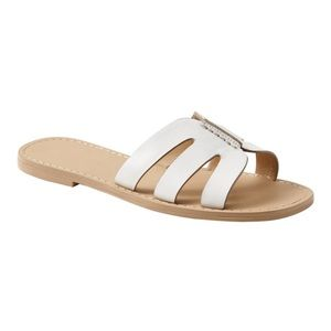 BANANA REPUBLIC white leather slide sandal!